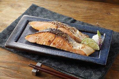 天然焼鮭切身 10枚入