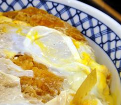 北海道コロッケの卵とじ丼