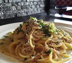 イカ塩辛とシソの和風スパゲティ